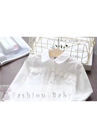 Блузка белая с ромашками и кружевом