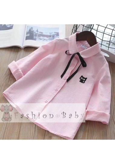 Розовая блузка с бантиком и вышитым котиком